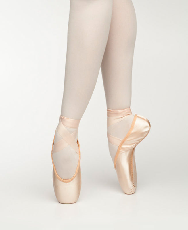 buy Freed Maple Leaf Pointe Shoe