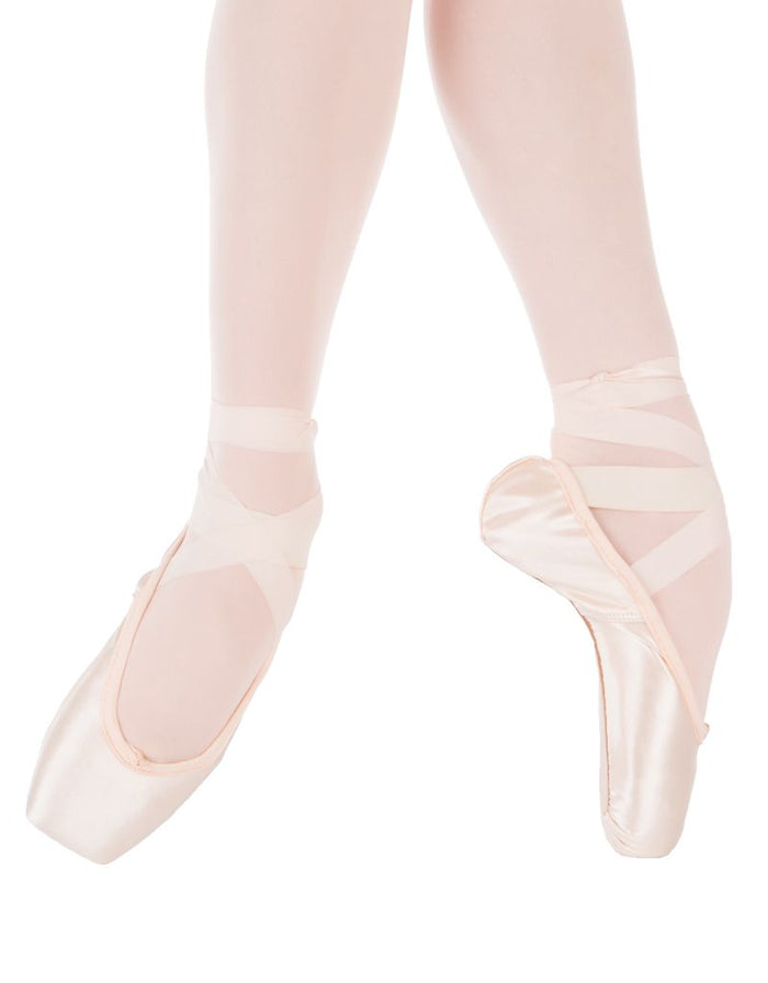 Suffolk Stellar Light Pointe Shoe Size  6.5 - 8