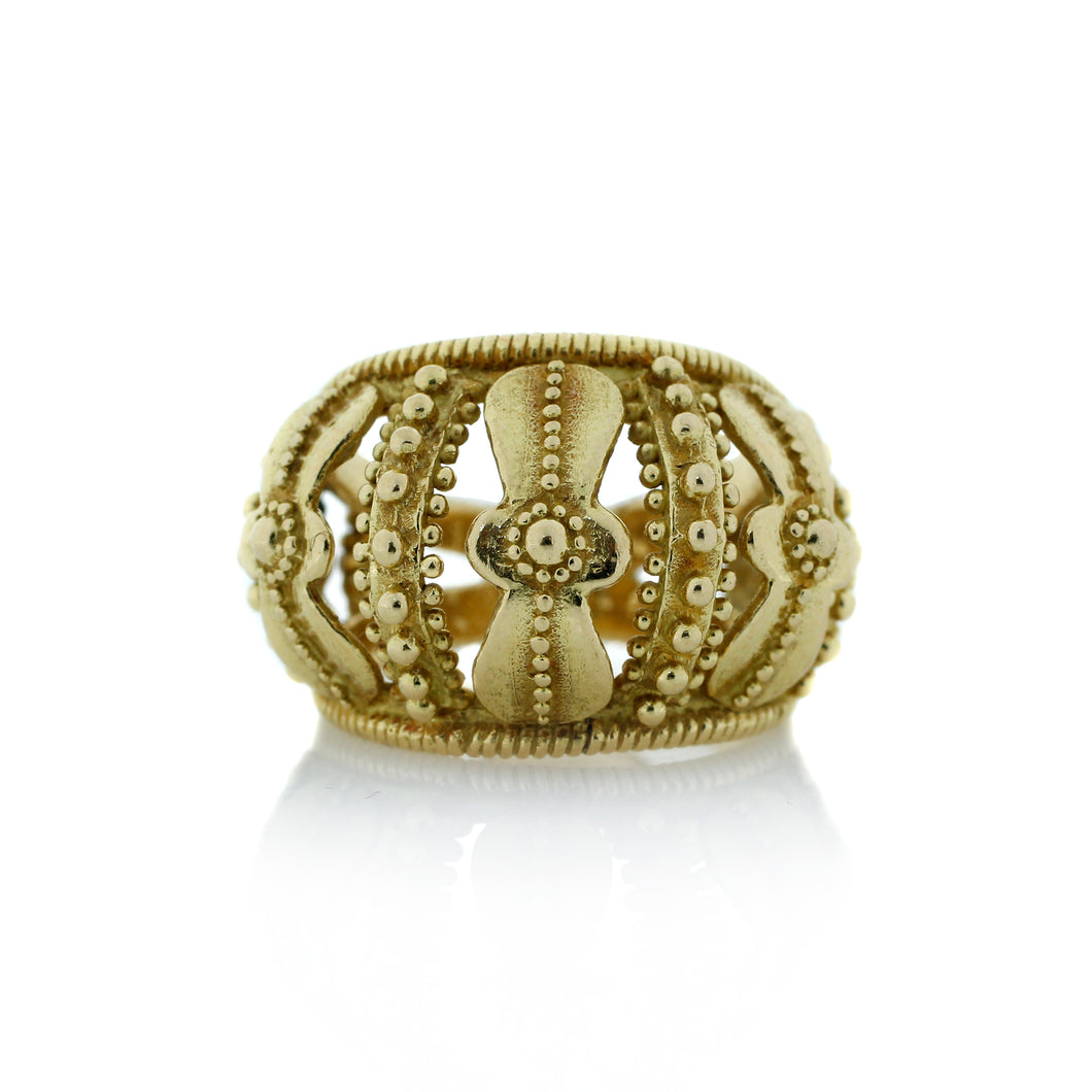 Crown Motif Ring in 18K Yelllow Gold