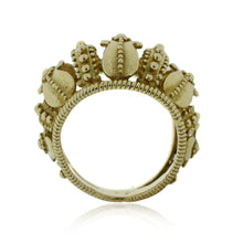 Load image into Gallery viewer, Crown Motif Ring in 18K Yelllow Gold