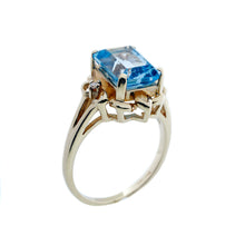Load image into Gallery viewer, Fancy Blue Topaz Ring