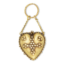 Load image into Gallery viewer, Victorian Heart Pendant
