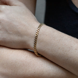 Gold Curb Link Chain Bracelet