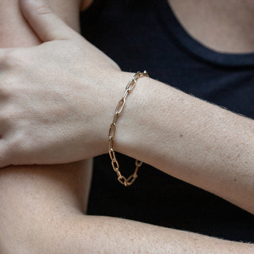 Gold Oval Link Chain Bracelet