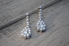 Load image into Gallery viewer, The Perfect Occasion Earring