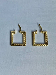 Mini Gold Rope Earring