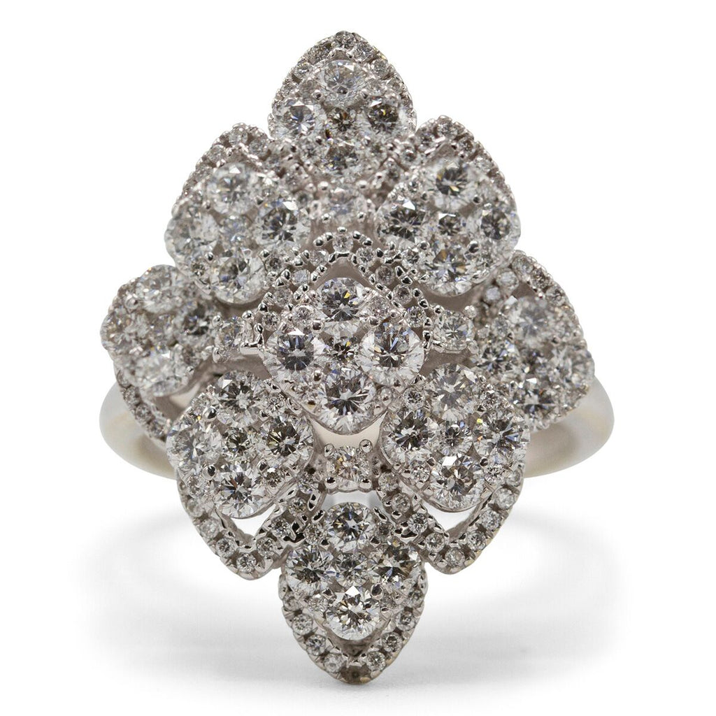 Quadrilateral Diamond Cluster Ring