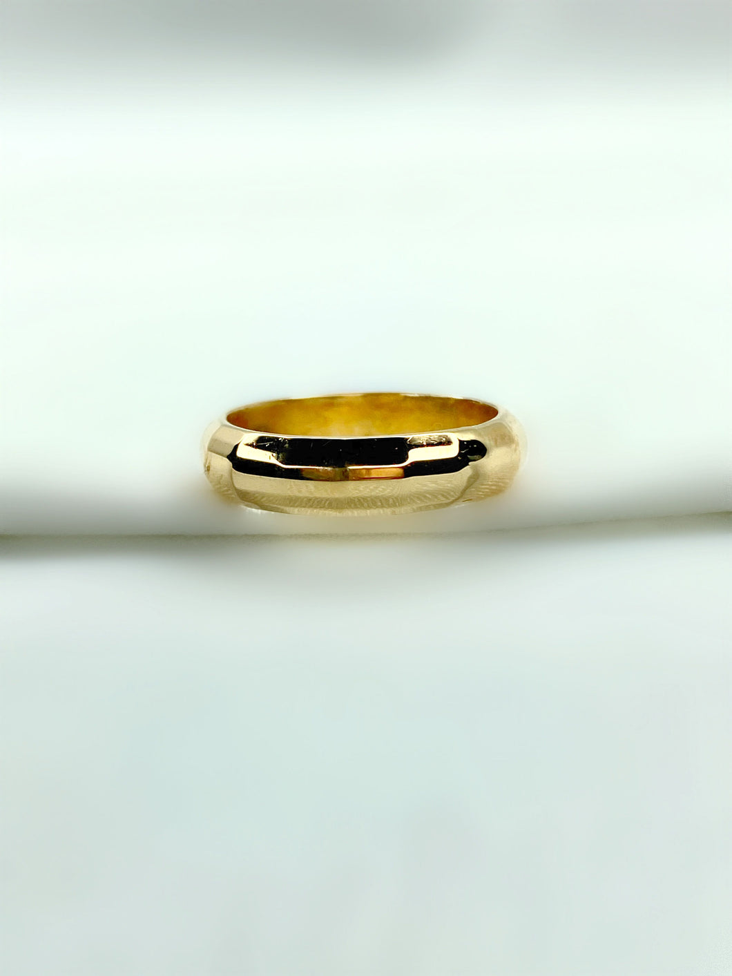 Faceted Wedding Band in 18K White Gold