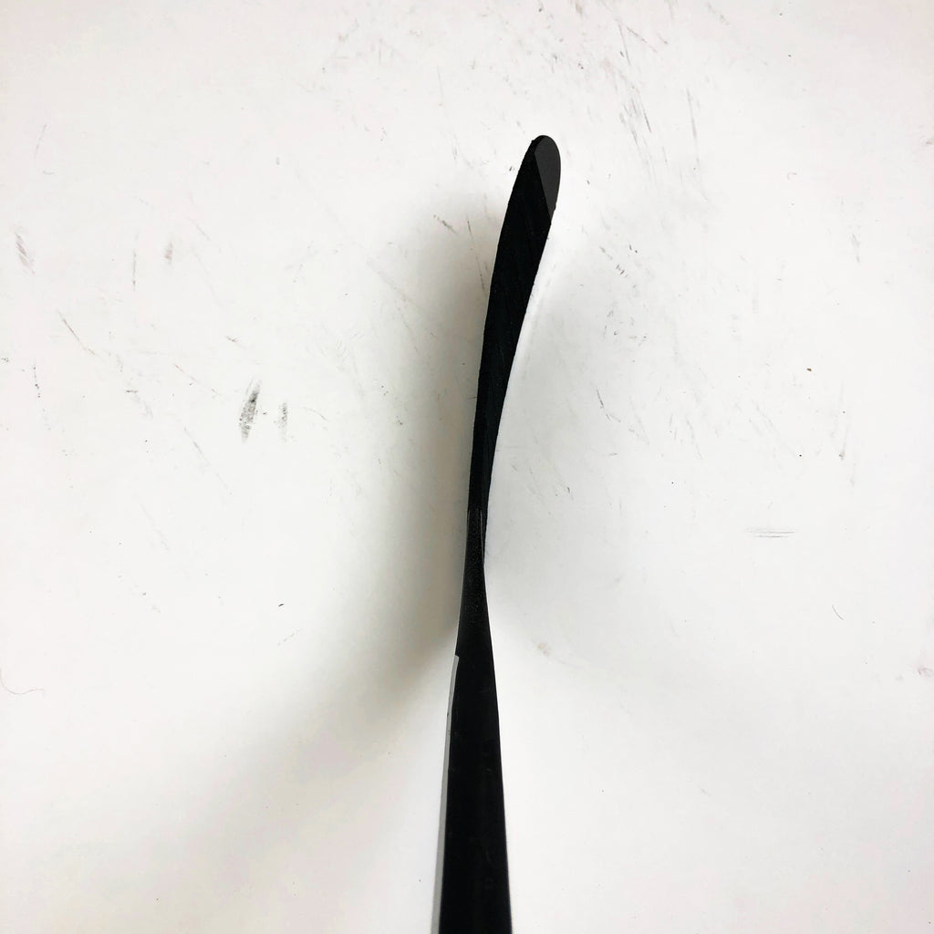 "Used Left Handed Easton V9e / E3 Curve / 100 Flex / Grip / 69"" Tall - Brenden Dillon"
