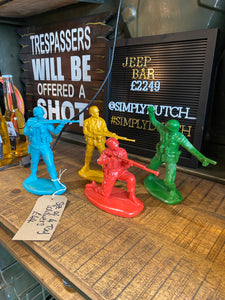 Set of 4 Toy Soldiers
