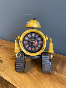 Yellow Robot Clock 🤖