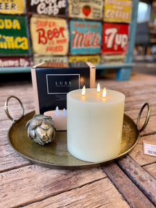 Luxe Candle in Cream 6' x 6'