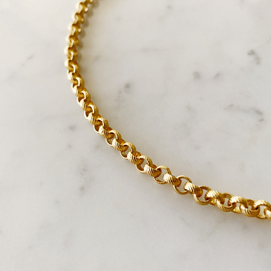Textured Rolo Single Chain Necklace