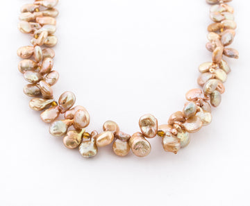 Champagne Tip Pearls Necklace - closeup