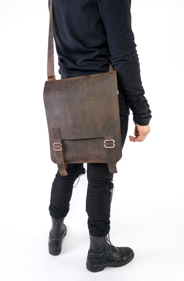 Men's leather messenger bag by Wood.Stone.Bone.