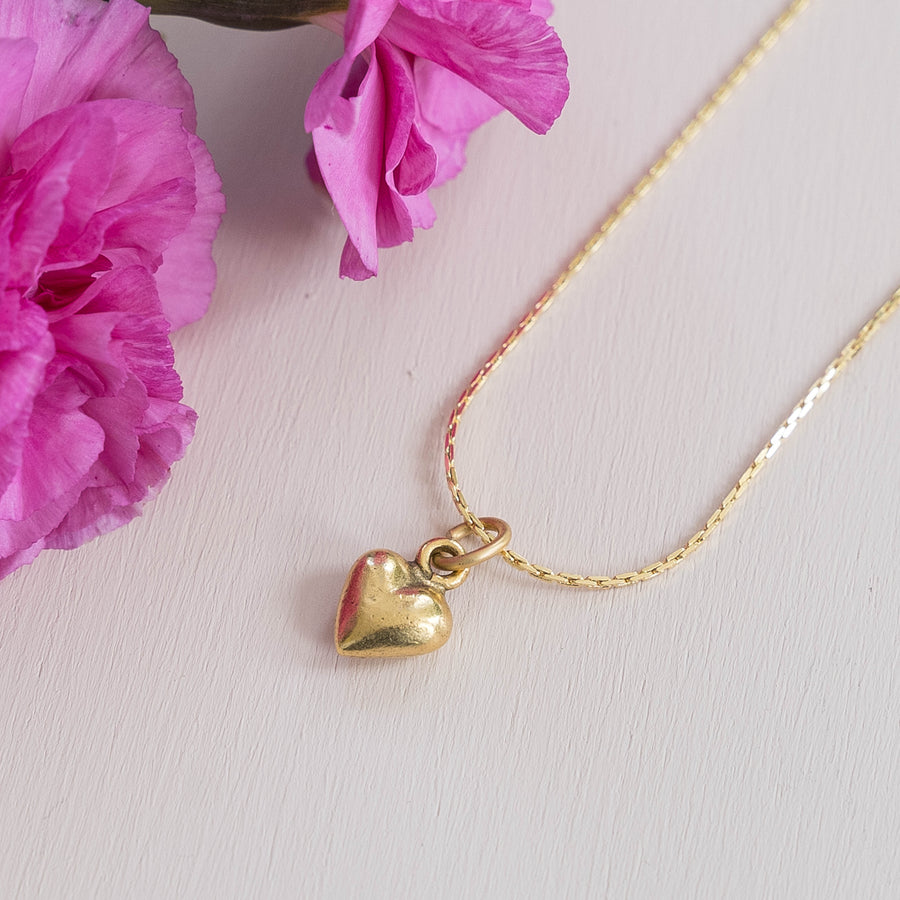 Thin Gold Chain Heart Necklace