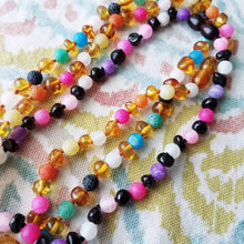 Fluorescence Agate + Polished Cherry Baltic Amber Necklace ( Pink, Purple, White ) - SimplyGinger