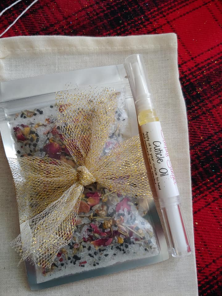 Floral Hand Salts + Cuticle Oil Gift Set - SimplyGinger