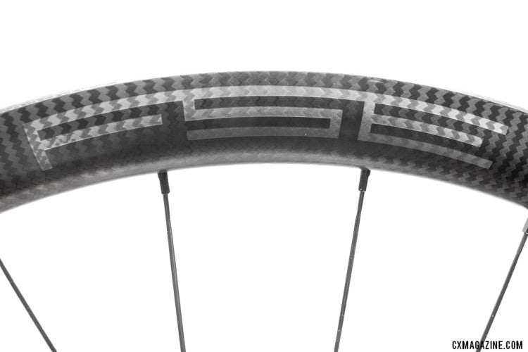 CX Magazine: IN REVIEW: FSE EVO 35CD SPINS A NEW APPROACH TO CARBON TUBELESS CLINCHERS