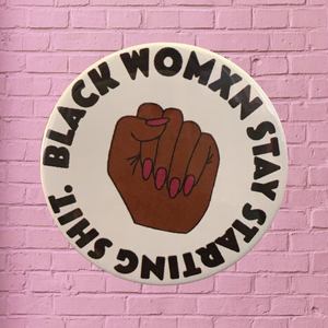 BLACK WOMXN BUTTON PIN