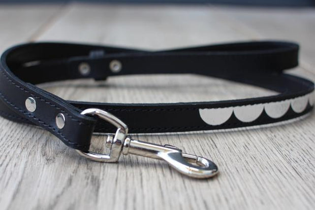 Leather Dog Leash in Black Silver Moon, Leashes, Benji & Moon, - Winnie Lou - The Canine Company