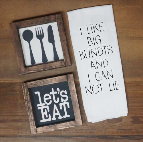 I Like Big Bundts And I Can Not Lie Towel - Vintage Outcast