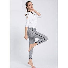 Capri Pants with Hidden Pocket - Fits4Yoga