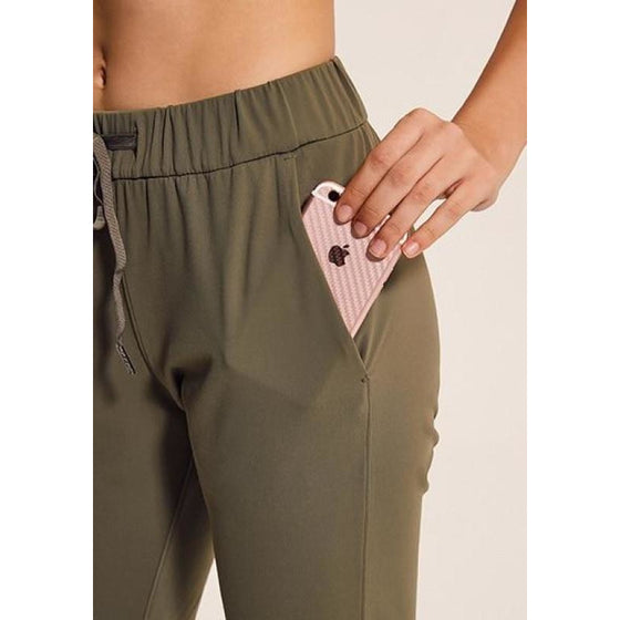 Simple Yoga Capris with pockets | Fits4Yoga