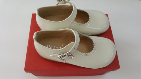 Panyo shoes cream
