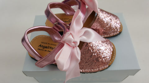 Pink glitter angelitos