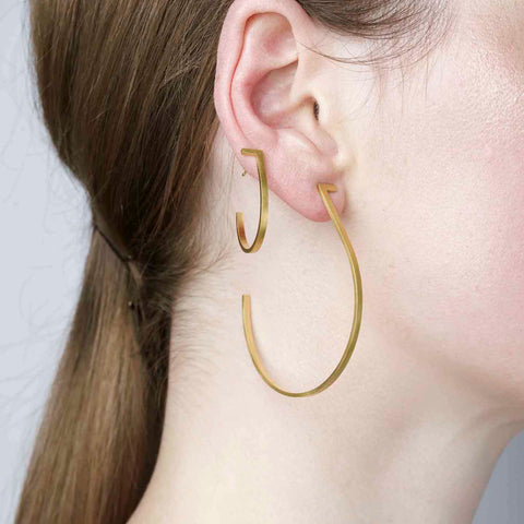 Unfinishing Line Gold hoop Earrings/Large