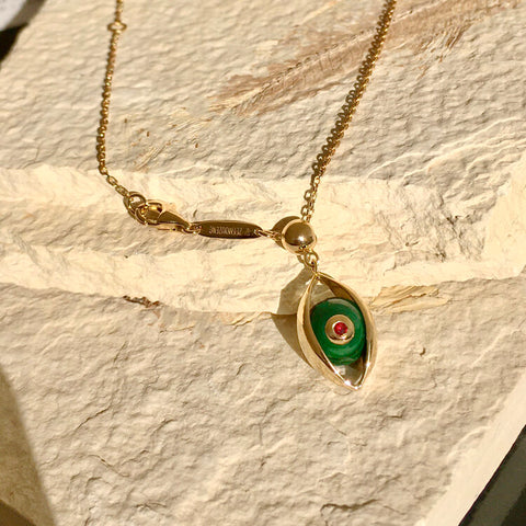 The Eye Necklace with Malachite