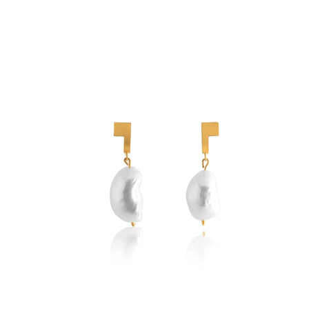 Unfinishing Line Gold And Pearl Curve Square Earrings