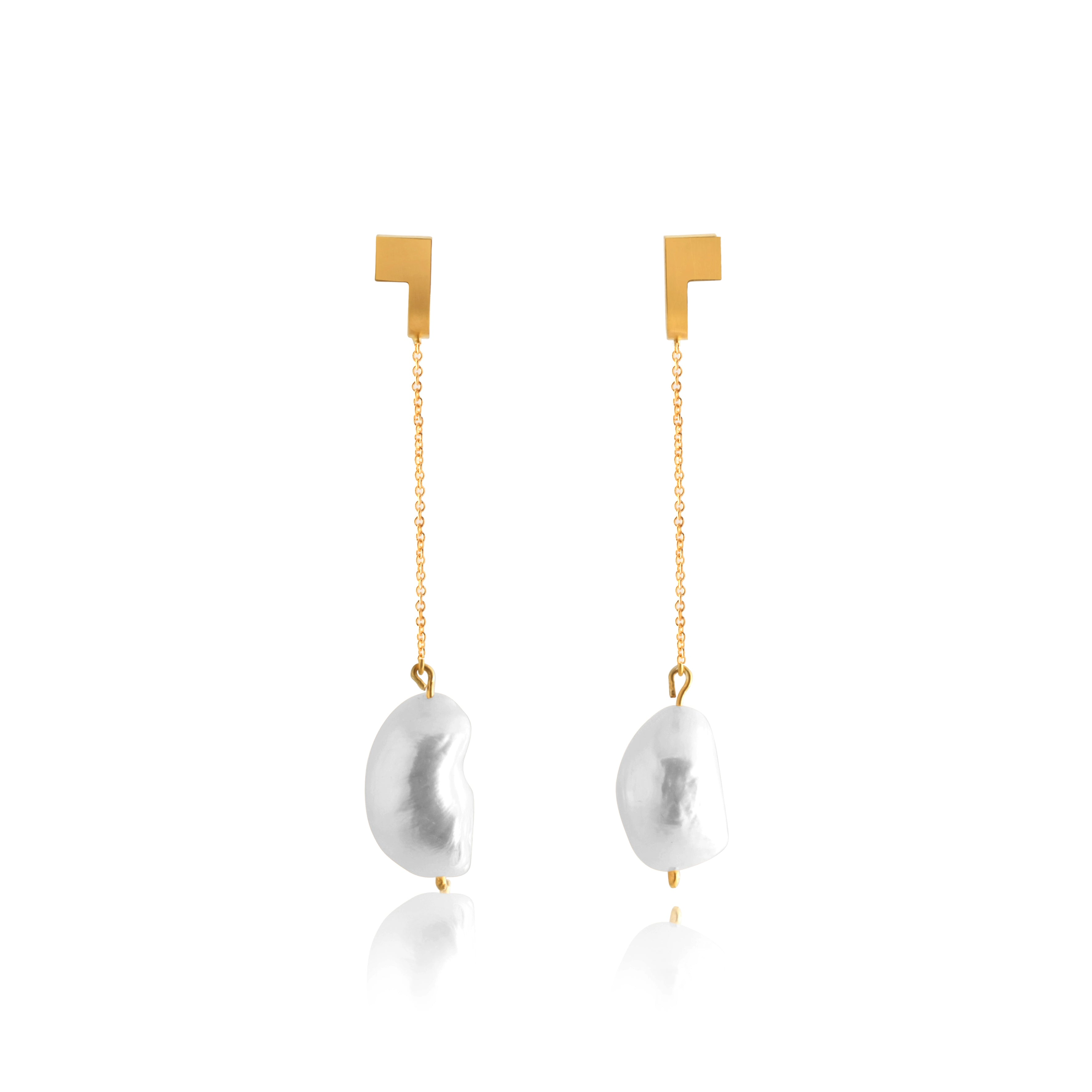 Unfinishing Line Gold And Pearl Curve Line Extension Earrings