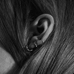 MOMENTS CLIMBER EARRING SILVER