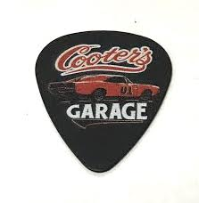 Guitar Pick Cooter's Classic