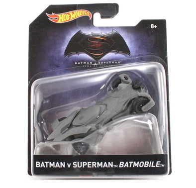 1:50 Batman vs. Superman Batmobile