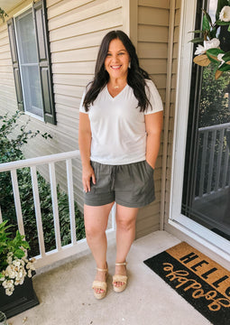 The Perfect Everyday Shorts (olive)