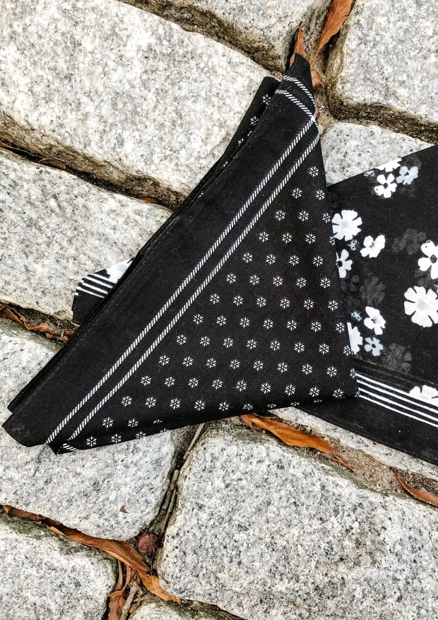 Floral Dot Square Bandana (black)