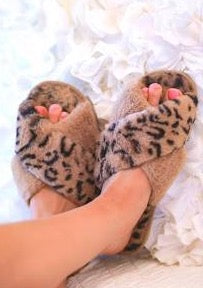 The Criss Cross Cozy Slippers (brown)