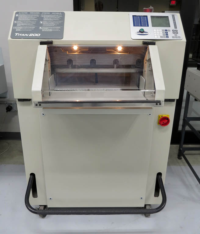 "Pre-Owned Challenge Titan 200 20"" Paper Cutter"