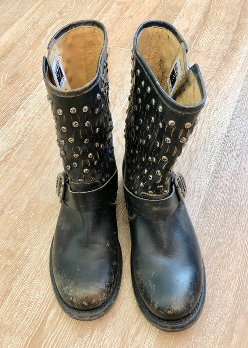 Frye Jenna Studded Short Boot - pre-distressed Vintage Black