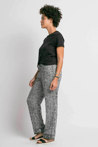 Sudara - VARASI FULL GIRLFRIEND CUT PANTS - Sassy Girl Boutique NJ