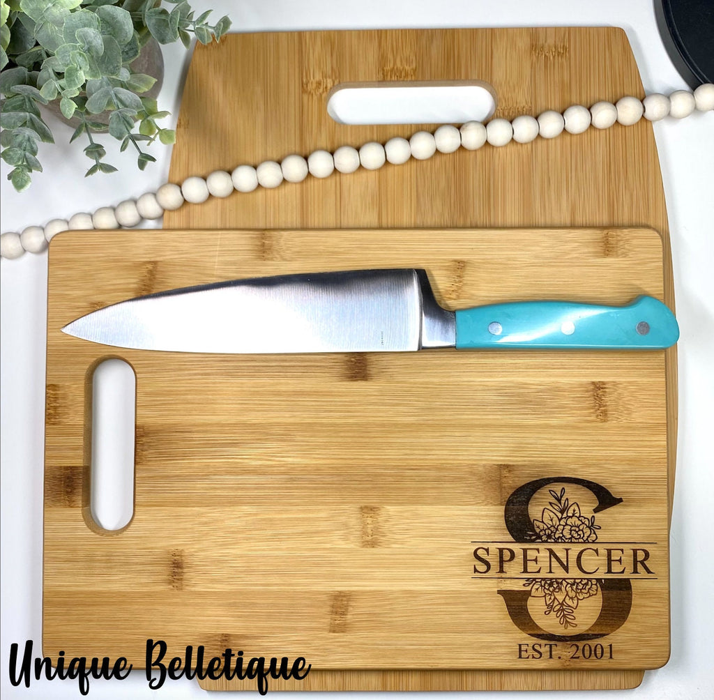 Personalized Bamboo Cutting Board With Handle - Monogram Cutting Board - Family Name Cutting Board - Couples Gift - Housewarming Gift