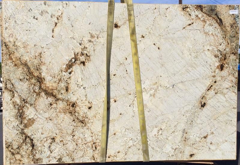 SIENA SANDS Granite polished 2cm thick - Slab Series