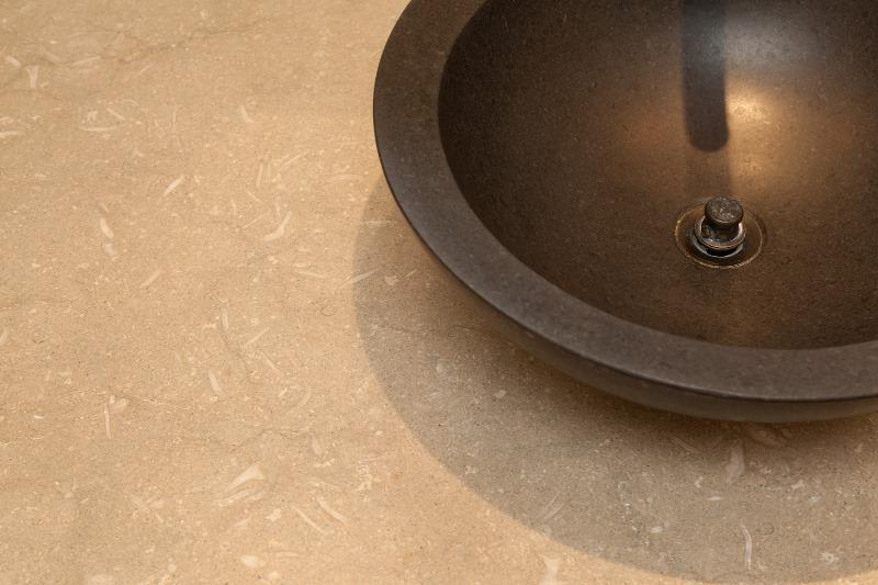 SEAGRASS Limestone brushed 2cm thick - Slab Series