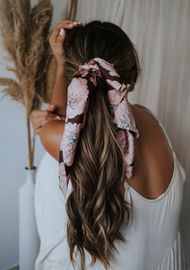 Jayuya Scrunchy and Hair Scarf