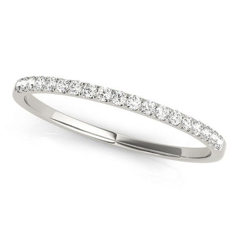 platinum single row diamond wedding band