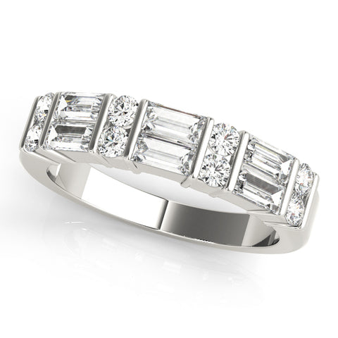 white gold round diamond and baguette diamond wedding band