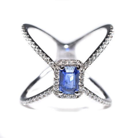 14kt white gold blue sapphire and diamond fashion ring
